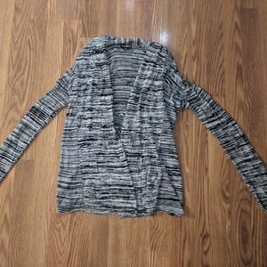 Express Sweater - Perfectly Paired with Leggings